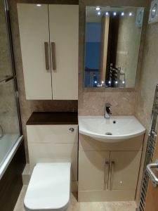 Small bathroom 1